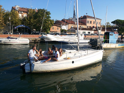First 211 nel porto canale 20150822_181922.jpg