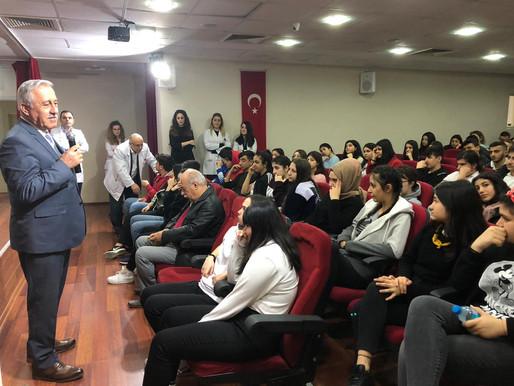 İstanbul Aydın Üniversitesi Öğrt. Görevlisi Sayın Halil İbrahim Kökçü seminer vermiştir.