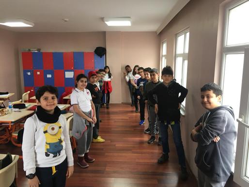 5.Sınıf öğrencilerimizle bilinç koridoru etkinliği yaparak iyi ve kötü karakterleri kavradık.