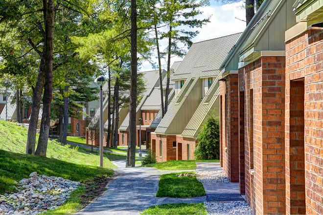 Skidmore College, Woodland Complex