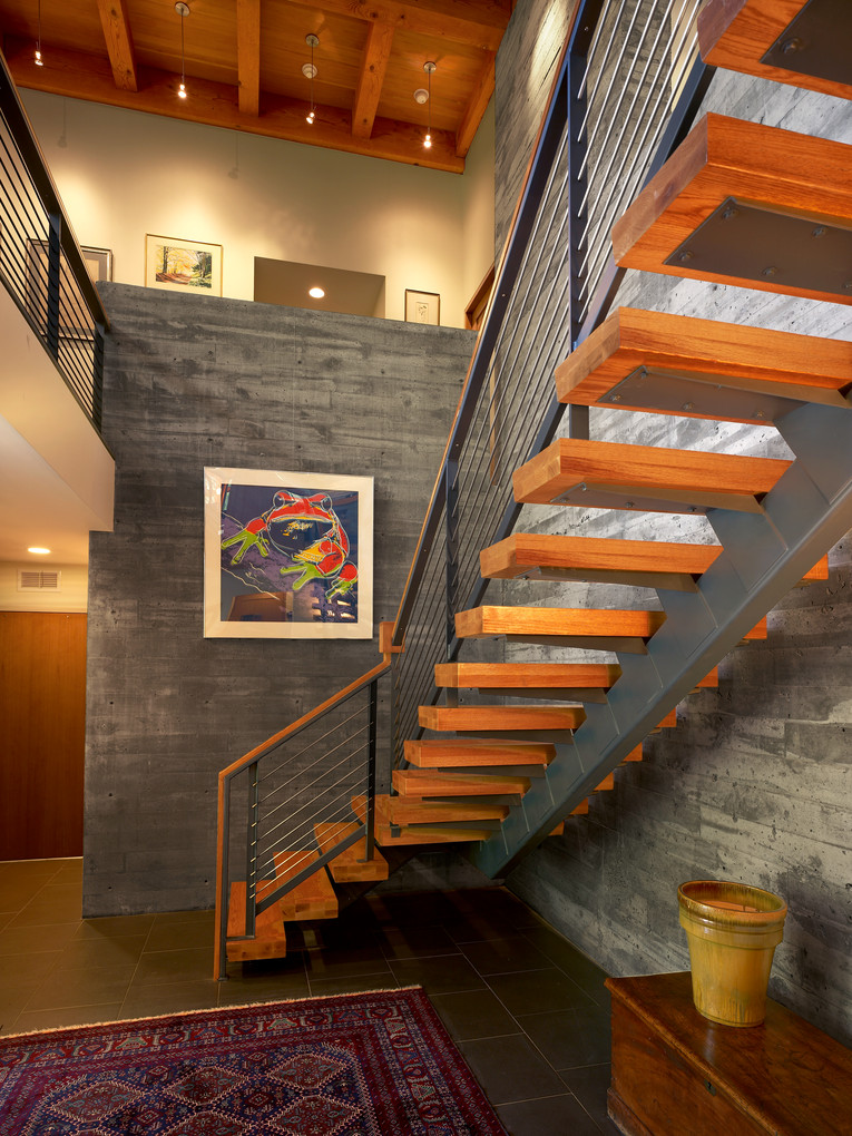 Ithaca Residence - Open Stairway