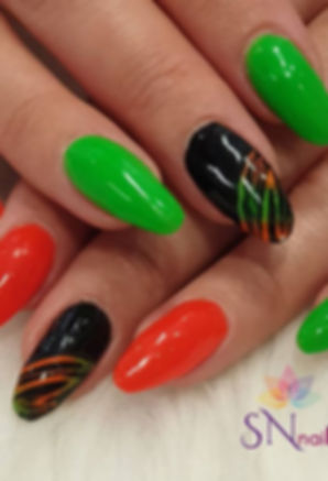 How amazing are Mel's own nails (not ext