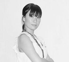 HINY_Portrait_Iku_01_mono.jpg