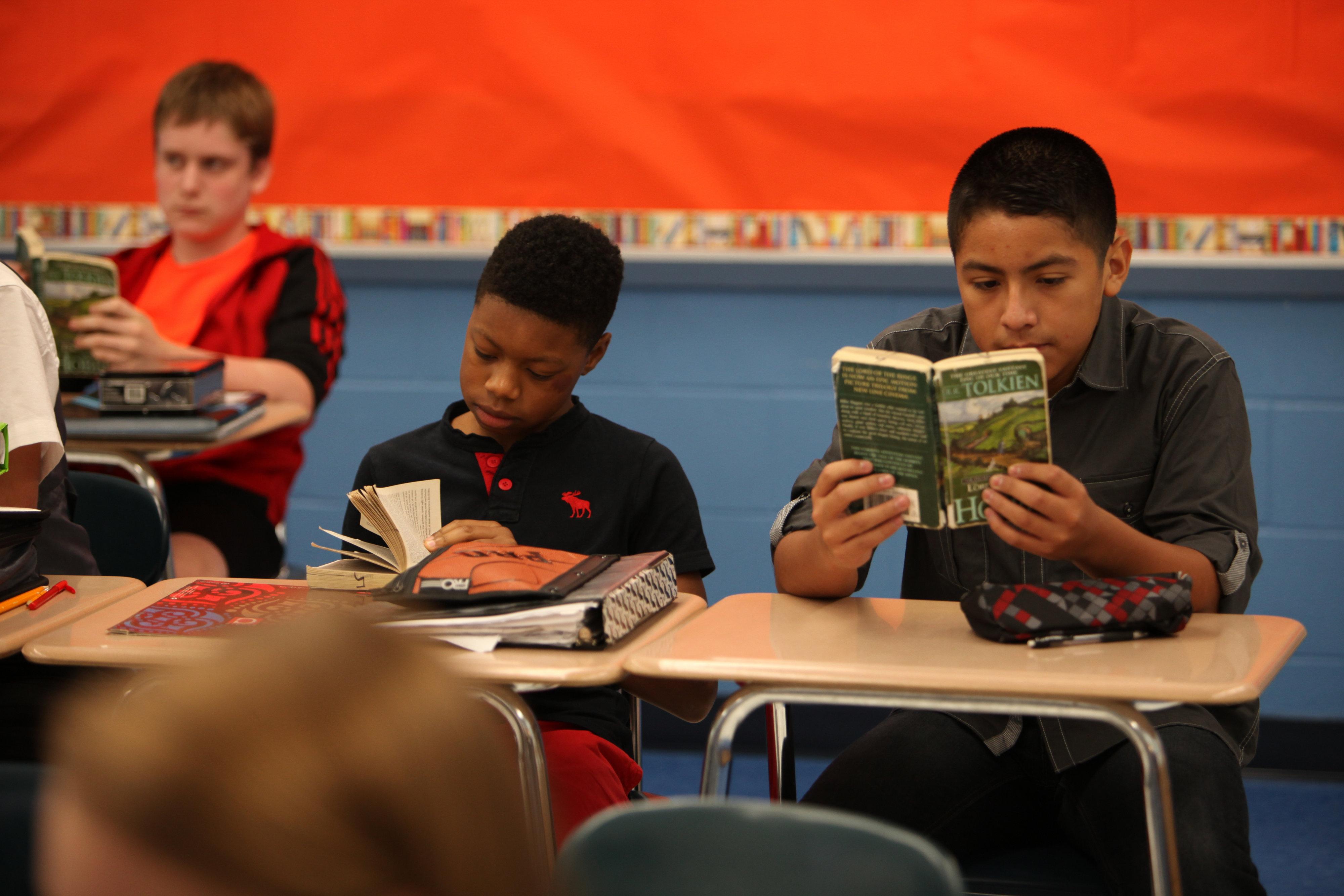 RCS students reading