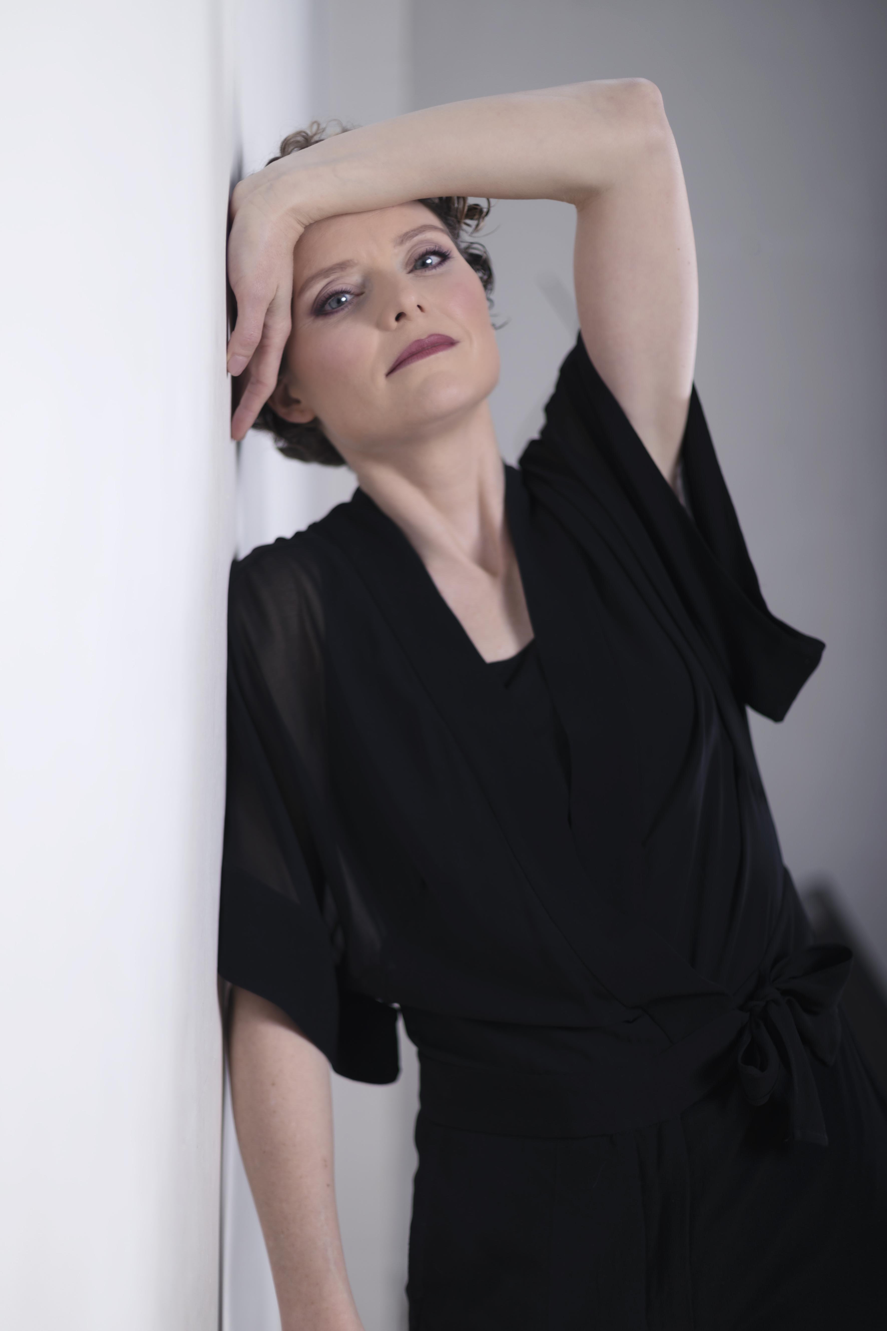 Lora Gabriel 25