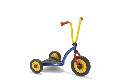 Wide-Base Scooter
