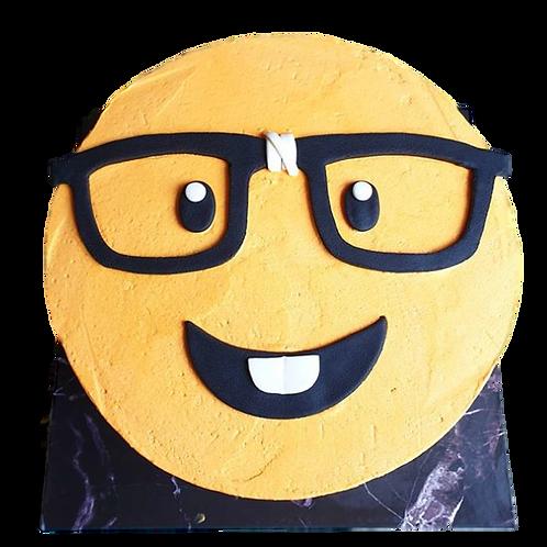 Nerd: Emoji Piñata Cake - Caramel Flavour