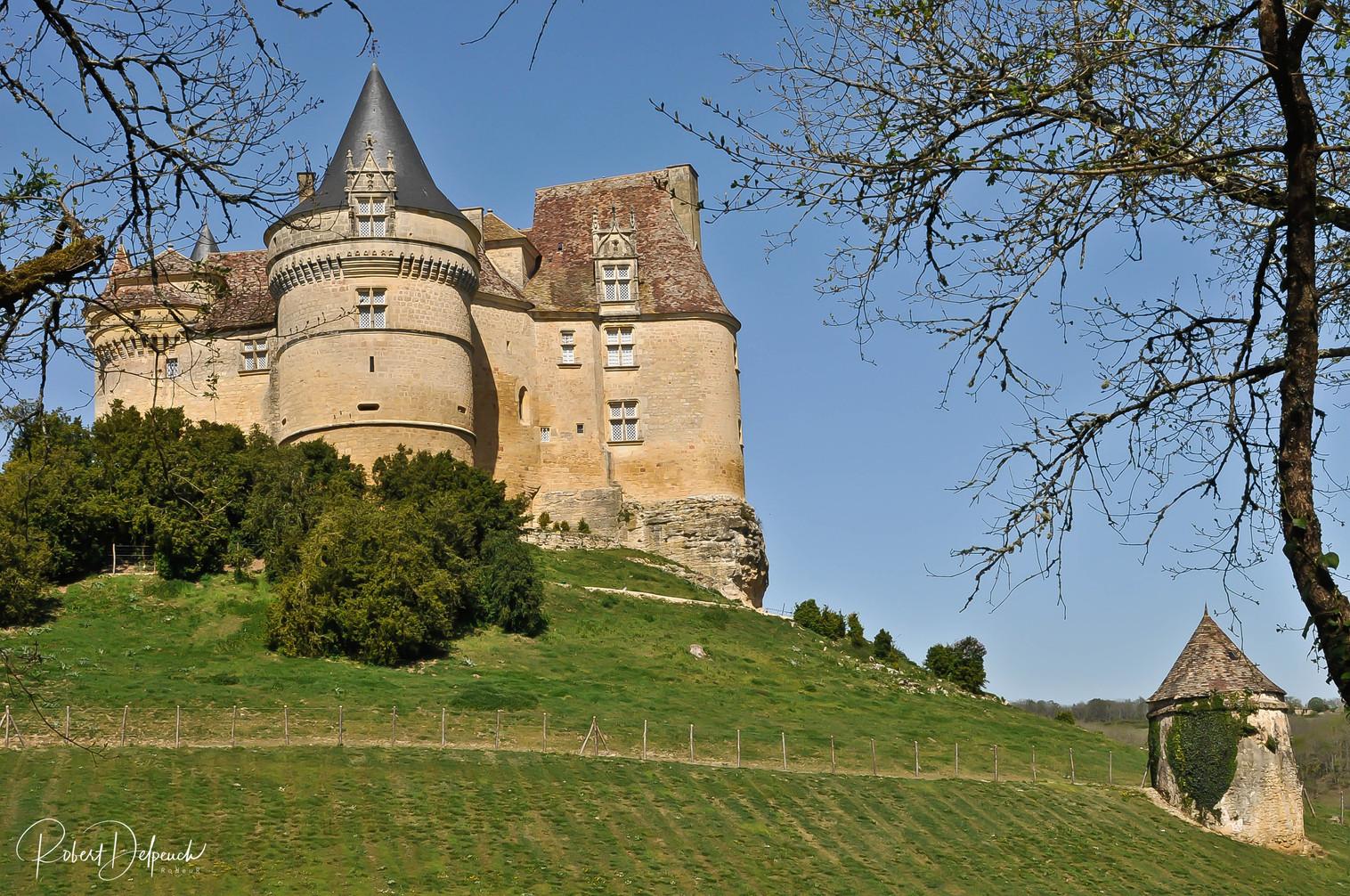 Château de Banes (Beaumont du Périgord)