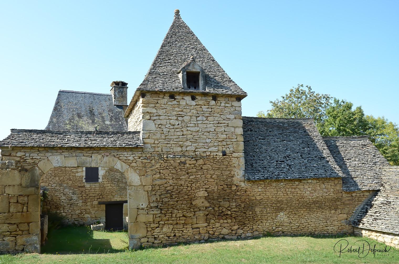 Archignac, toits  de lauze