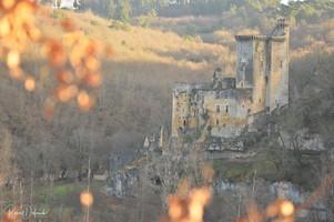 Commarque, le château