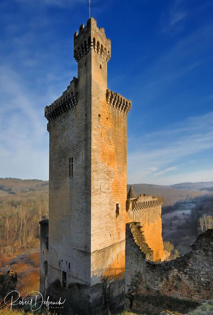 Commarque, le donjon du château
