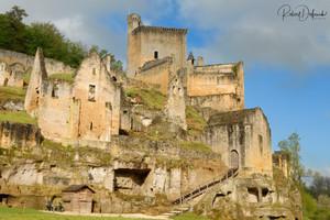 Commarque, le village et le château