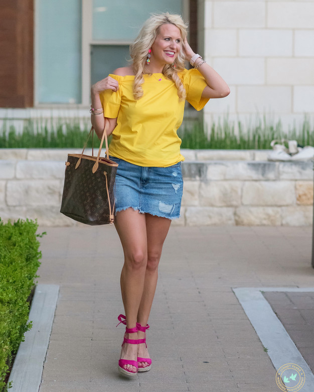 Bringing SUNSHINE into SUMMER with this outfit!
