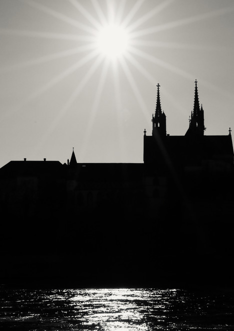 The Minster, the Sun and the Rhine
