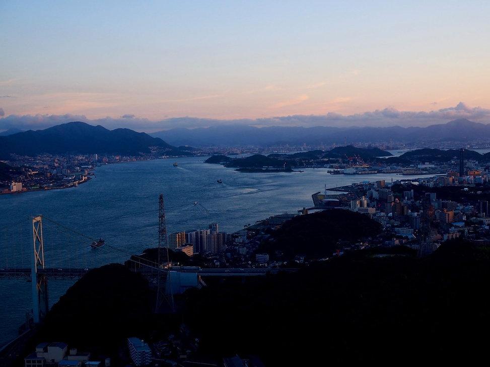 山口県 関門海峡の夕暮れ.jpg