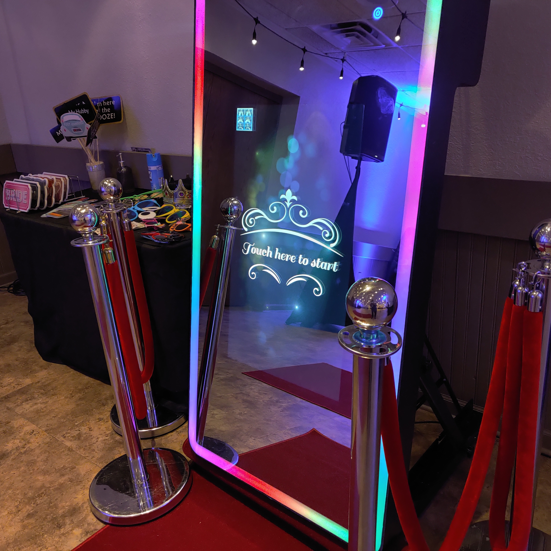 3hrs Magic MIRROR Booth