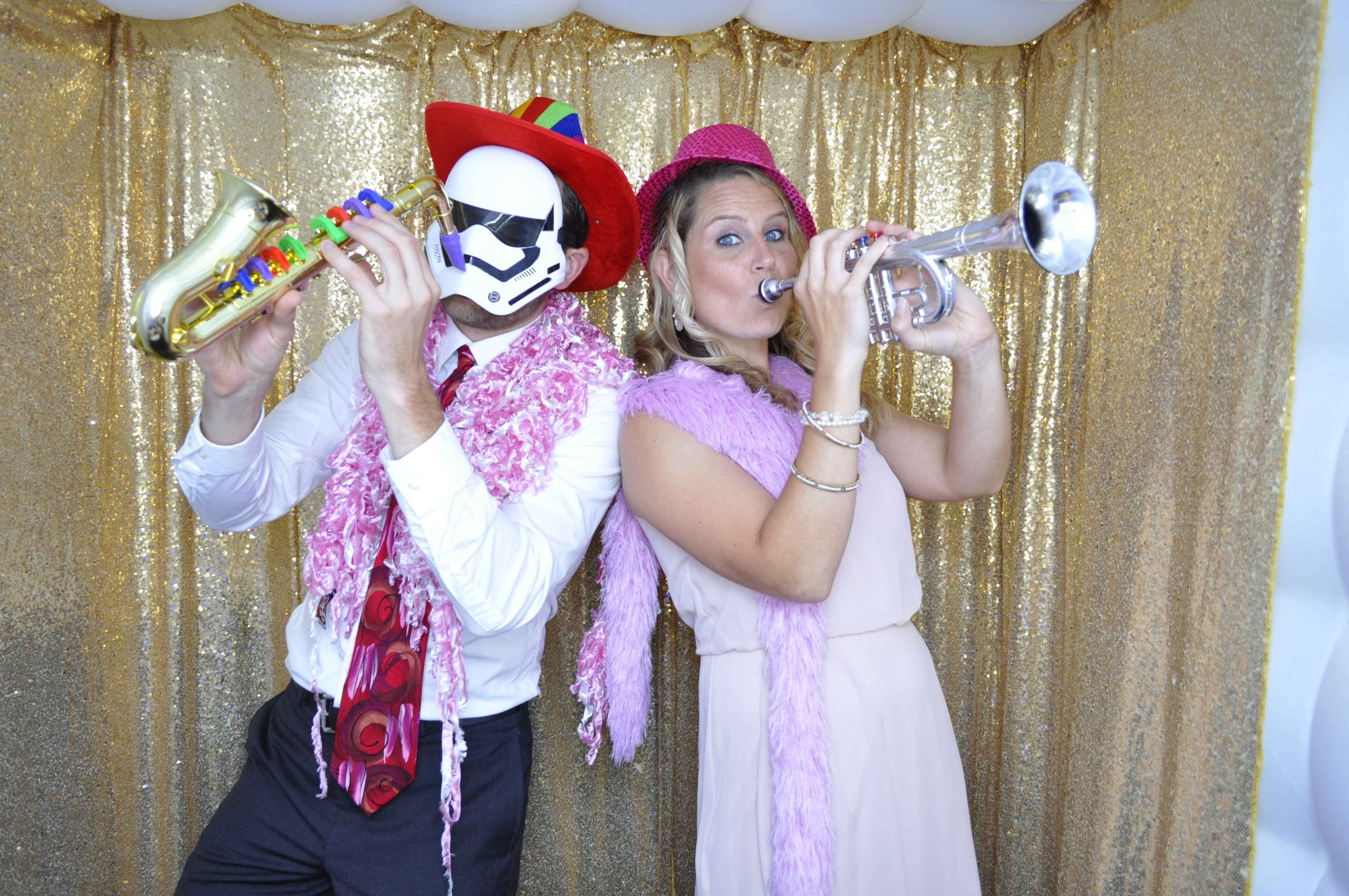5 Hrs Photo Booth Service OPEN/LED