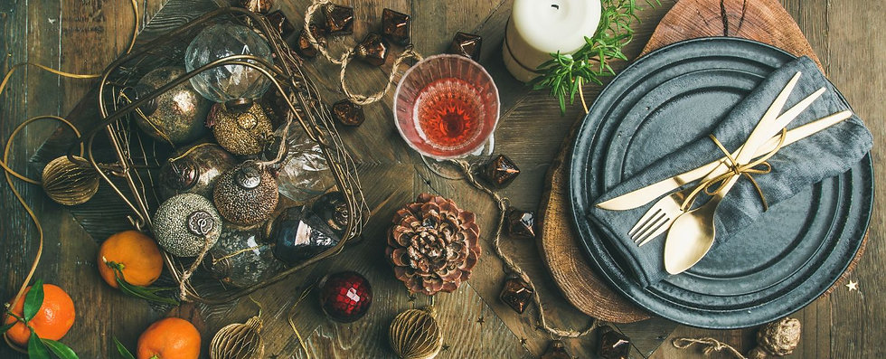 christmas-or-new-year-holiday-table-sett