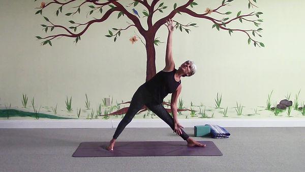 Loving Light Yoga Video Description - Move Your Energy & De-Stress