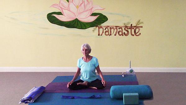Loving Light Yoga Video Description - Slow Flow Yin Yoga