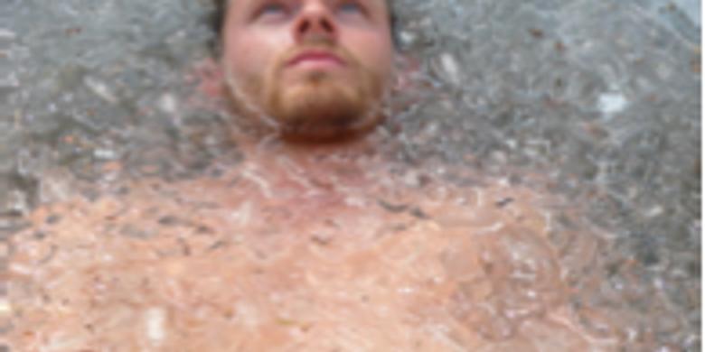 The Iceman Wim Hof beach experience