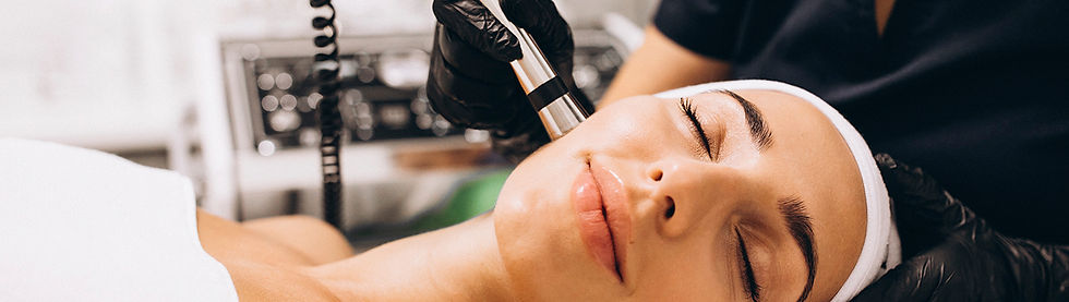 Microneedling non-surgical skin rejuvenation procedure in Sabetian Natural Appearance Clinic auckland