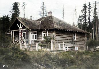 Parker homestead circa 1913 colourized.j