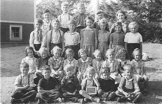 1944 Div2.jpg