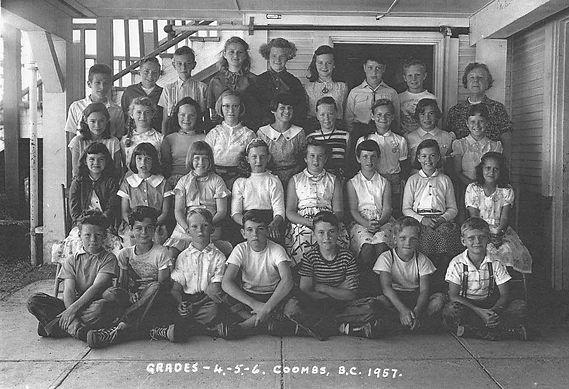 1957 G4 5 6.jpg