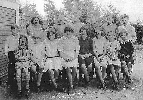 1929 Senior Class.jpg