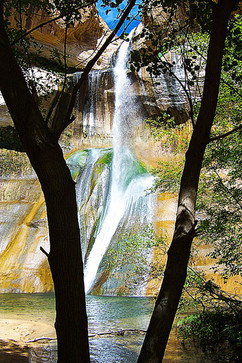 Calf Creek Falls
