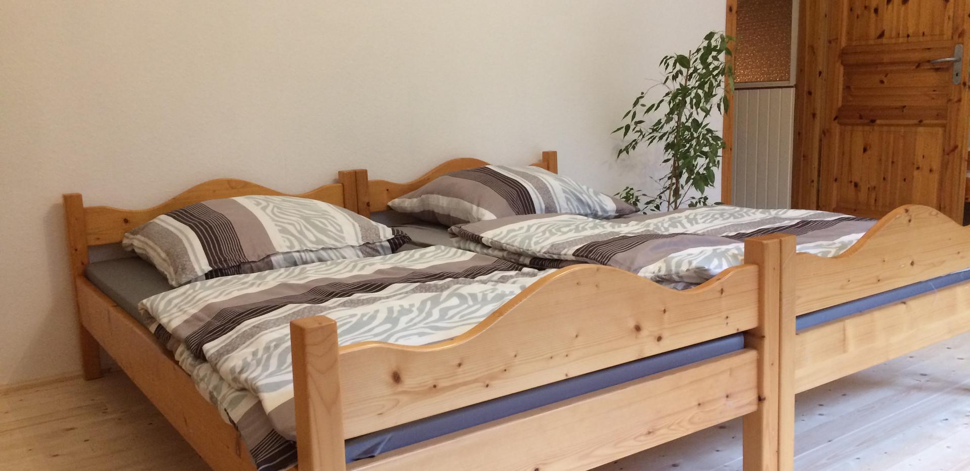 Betten einzeln oder zusammengestellt nutzbar