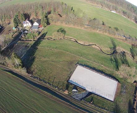 Luftbild mit Reitplatz.JPG