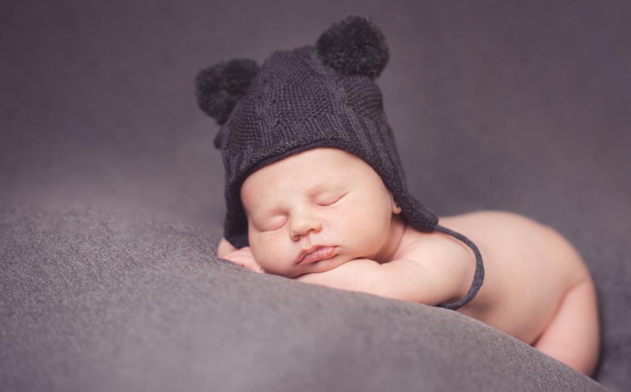 Vauvakuvaus, Vastasyntynyt