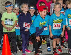 Moonie Mile for Harvest Mon Run Route 66 State Park Eureka-United States