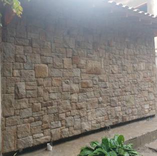"""Pedra Moledo """"Tipo"""" Guarujá Linhas Quadradas"""
