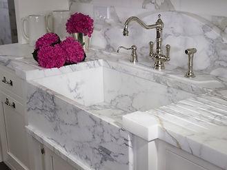 pia-de-marmore-banheiro.jpg