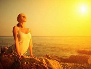 """Posturas de Yoga """"El Saludo al Sol"""""""