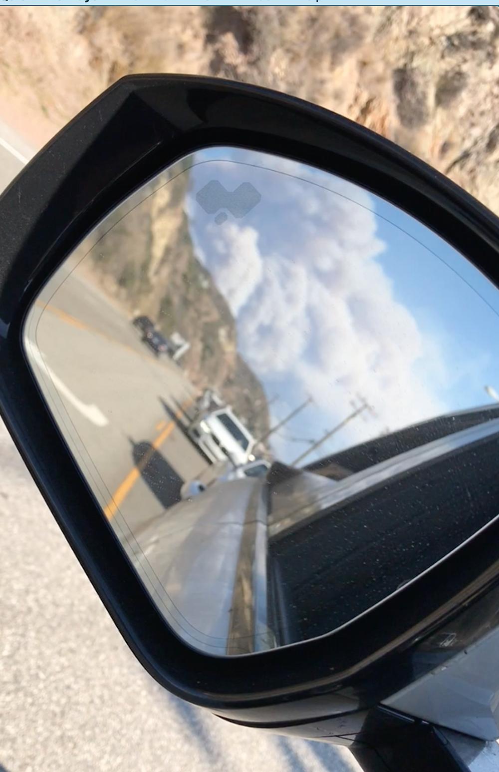 Woosley Fire cloud of smoke evacuating Malibu