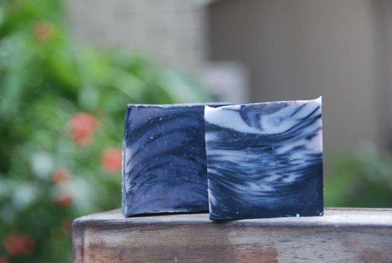 紫草根牛奶皂