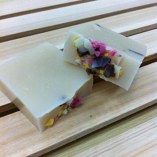 蘆薈橄欖保濕皂