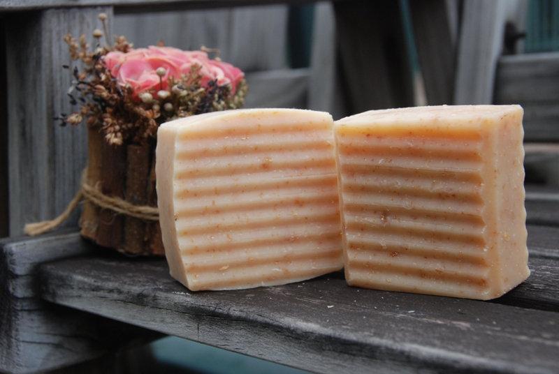 蜜糖燕麥保濕皂