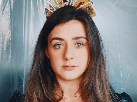 Unforgettable new music video from UK artist Laura Greaves.