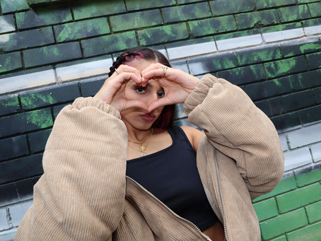 """""""Lonely Heart"""" shows off Avneesha.'s thoughtful lyricism with a bit of a poetic flair to them."""
