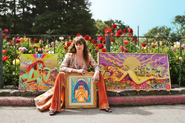 gillian with art in park1.jpg