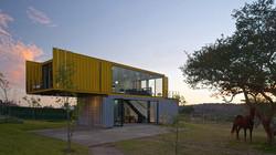 01-casa-container-amarela