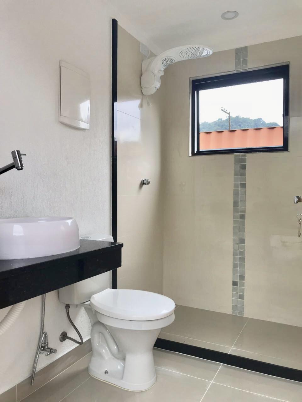 Banheiro acabamento médio