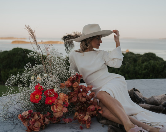 One Poppy Wedding Flowers Songbirds_Phot