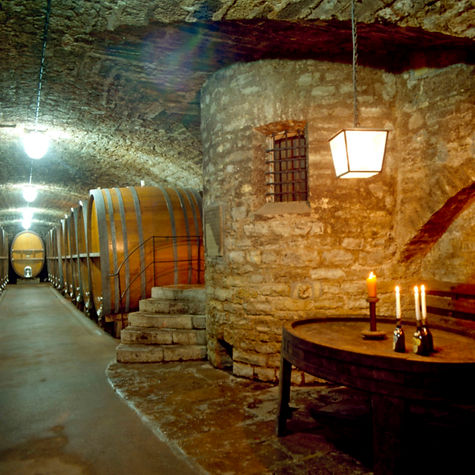 Franken, Der Keller vom berühmten Weingut Bürgerspital in Würzburg