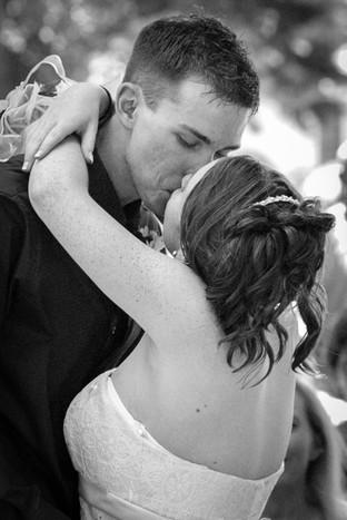 luke_kattie_wedding_04_062905.jpg
